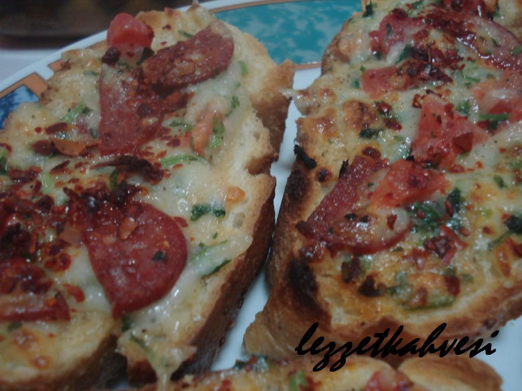 Kahvaltı Sabahı Pizzası Lezzet Kahvesine Hoş Geldiniz